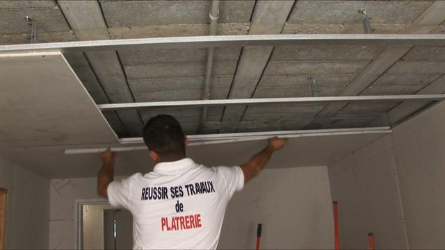 chapitre 4 pose d un faux plafond on vimeo. Black Bedroom Furniture Sets. Home Design Ideas