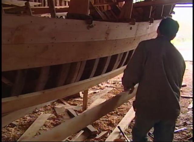 En el Rio Cutipay de Valdivia está la familia Villanueva que se dedica a la construcción de afamados botes y embarcaciones.