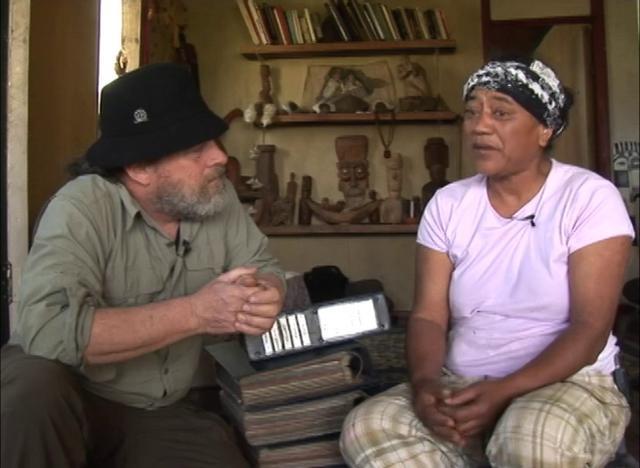 Testimonial de Nua Piru sobre su incansable trabajo para que se devuelvan las riquezas arqueológicas de Isla de Pascua que se encuentran en museos y colecciones privadas en todo el mundo.