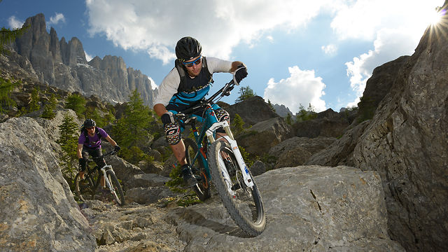 MTB im Labyrinth unterhalb des Latemars