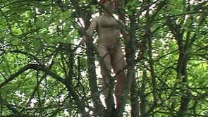 Naked Labor I: Living naked statues