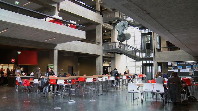 Tilburg University - W...