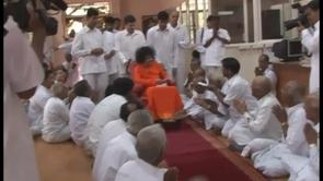 Bhagawan's visit  to Book Trust on 24th August 2007