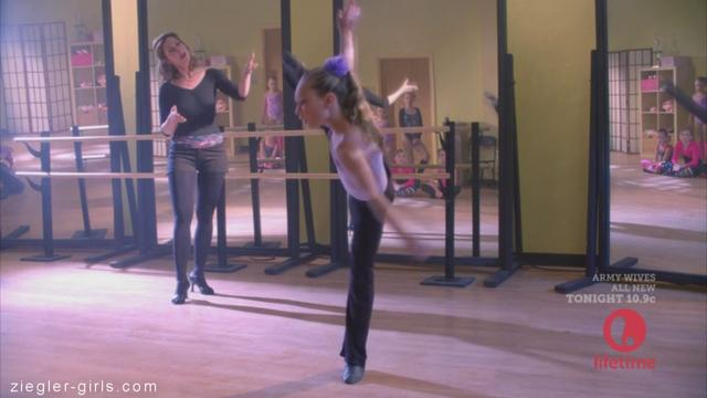 Maddie Ziegler on drop dead diva - YouTube