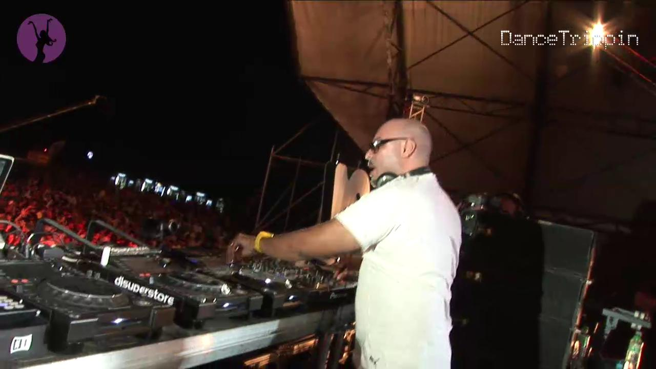 DanceTrippin Episode: Roger Sanchez @ Liberty Parade 2012 (Romania)