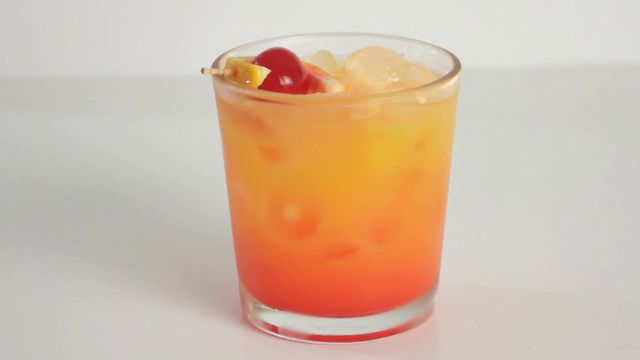 drinks made easy how to make a tequila sunrise on vimeo