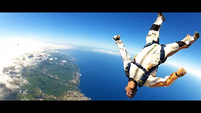 THE SKY DIVER – Zot Movie Festival 2012