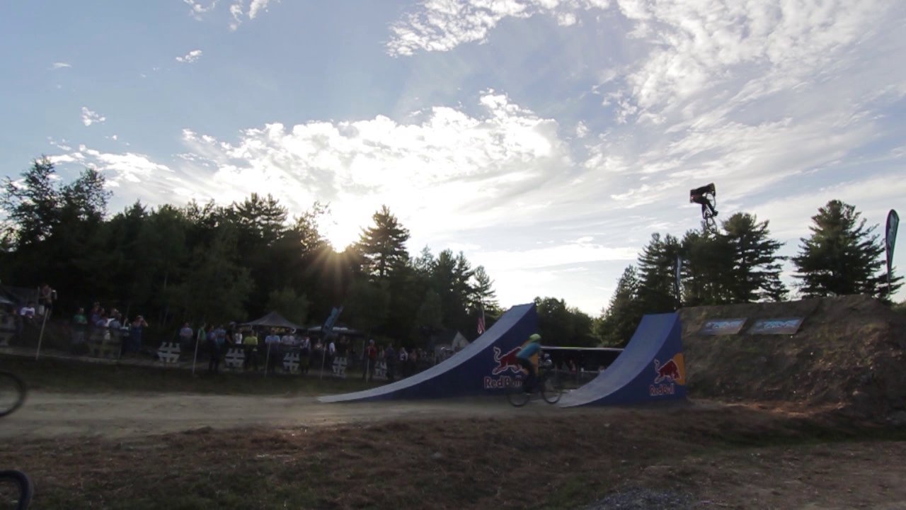 2 Wheeled Demo Reel 1.0 on Vimeo - http://www.facebook.com/LucentProductions This demo reel was created in1.5 days time for the 2012 Green Mountain Showdown event hosted by MTBVT.com and the Vermont…