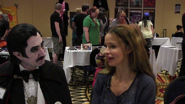 Meet Actress Lisa Marie!