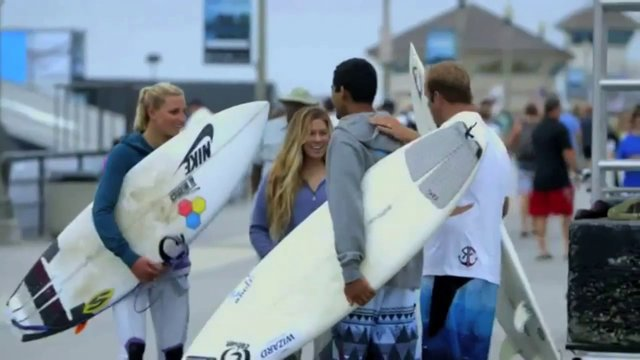 Blind Surfer Derek Rabelo Surfs With Lakey Peterson and Coco Ho