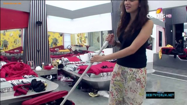Bigg Boss (Season 6) 20th October 2012 Video Watch Online 720p HD Part3