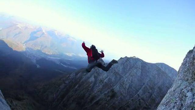 BASE Jump in Bucegi
