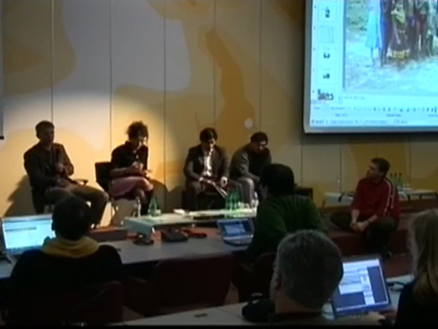 "Panel discussion:""Facing the digital divide"" (Lift07 EN)"