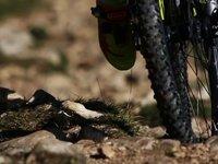 Lorenza Menapace NorthWave Team & Federico Rech espectacular Mountain Bike en el Lago di Garda - Italia