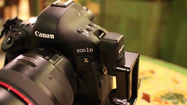 Canon EOS M Hands On Preview
