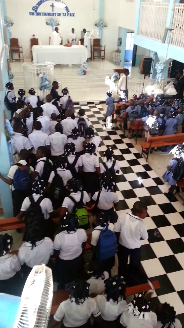 opening day of school 2012 at the coll 232 ge st fran 231 ois d assise anse 224 galets la gonave haiti
