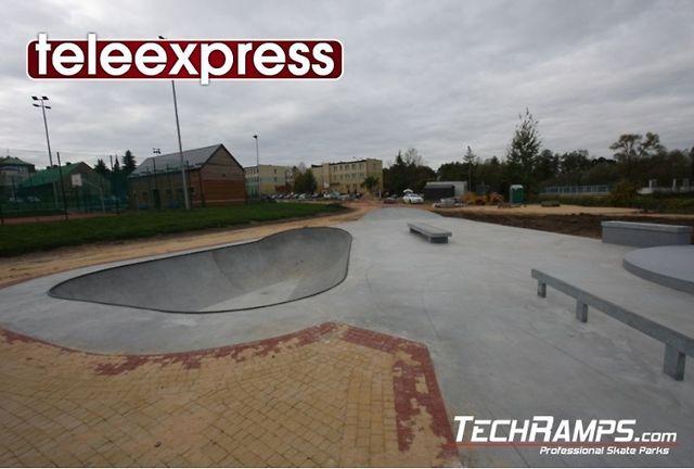Skatepark w Turośni Kościelnej - TVP - Teleexpress 03.11.2012, 17:00