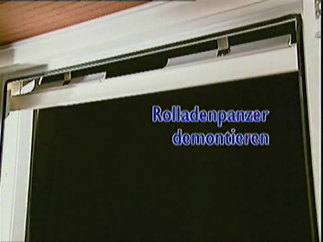 rolladengurt gerissen anleitung zum rolladengurt wechseln on vimeo. Black Bedroom Furniture Sets. Home Design Ideas