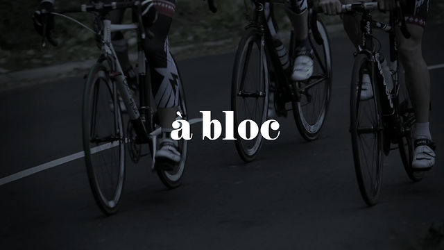 Morvélo. A Bloc.