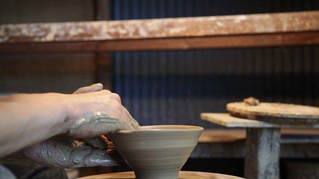 "Pottery Making#1 ""Kneading / Molding / Glazing"""