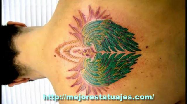 Tatuajes de Alas en la Espalda para Hombres y Mujeres