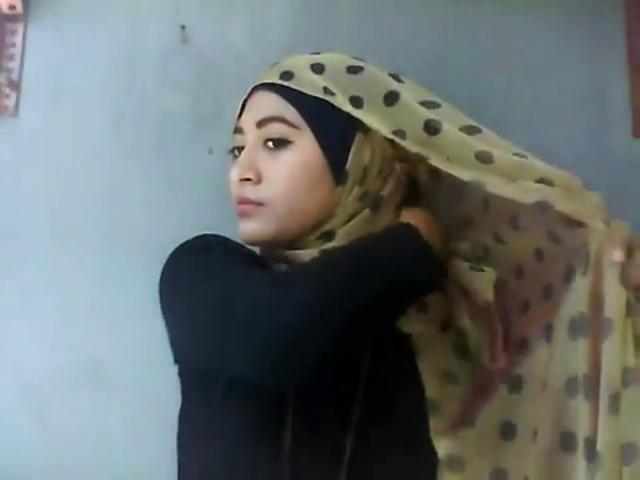 Hijab Tutorial by Natasha Farani