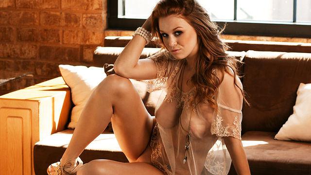 Leanna Decker Playboy Cybergirl Of The Month