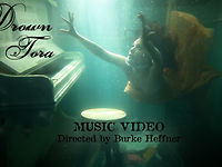 Drown, Tora Underwater music video by ThingsToLookAt (84 views)