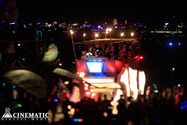 Timelapse-icus Maximus 2012 &quot;A Burning Man for Ants&quot; Tilt-Shift Time-lapse by James Cole, Byron Mason &amp; Jason Phipps