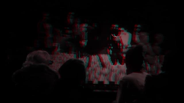 EXTRACT / INSERT : Thirty Minute Anaglyph