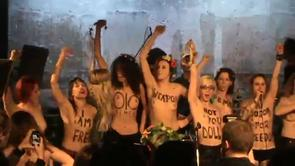 Imn Femen cntat n Frana, pe scen