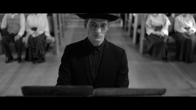 Короткометражный фильм Woodkid— ILove You