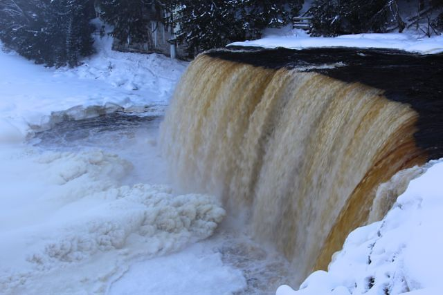 Tahquamenon Falls winter camping