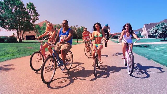 Music Video: Fam-Lay – Beach Cruiser