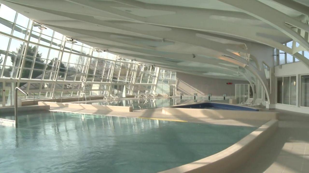 Inauguration du centre aquatique du pays reth lois gal a for Horaire piscine rethel