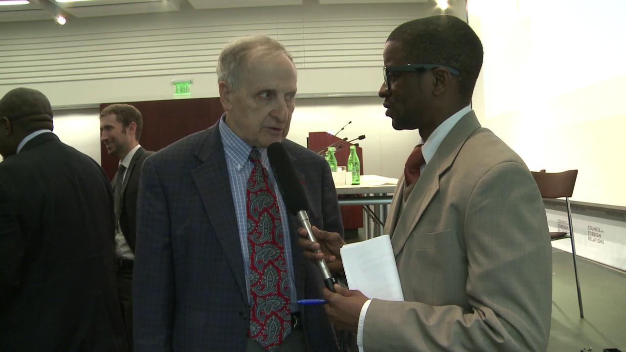 """Herman Cohen regrette-t-il ces propos """"attribuant l'ESt de la RDC au Rwanda""""? ici il répond au micro de GI"""
