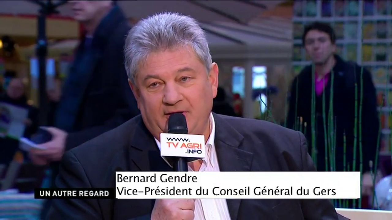 Autour de la table : Bernard Gendre (Vice-Prsident du Conseil Gnral du Gers) ; Patrick Bourgouin (Responsable de la restauration des collges du Gers) ; Daniel Adoue (Responsable de l&#39;dition Gers de la Dpche du Midi) (dure : 14:13)