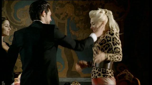 Cool Gwen Stefani on V... Gwen Stefani
