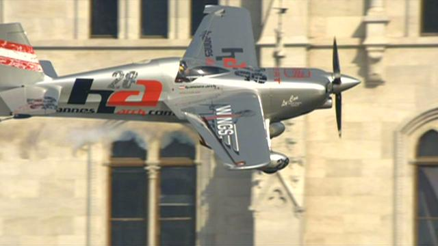 Red Bull Air Race porto 2008 - clip 1