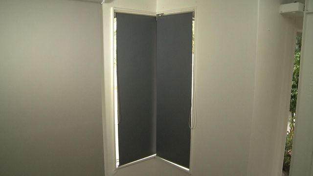 Corner Window Blinds