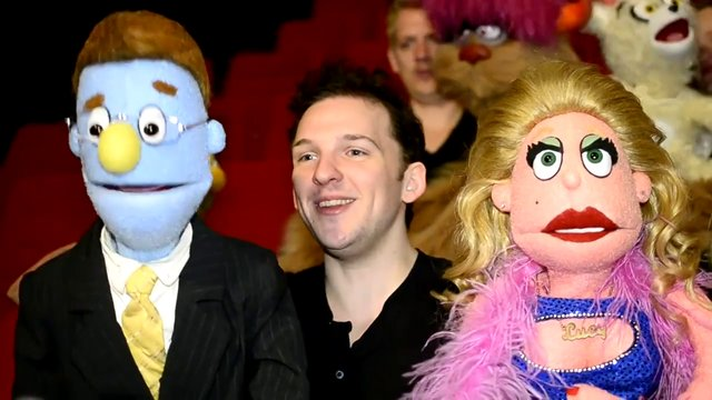 Avenue Q: Rod og Lucy the Slut om kendis-lookalikes og monstersex