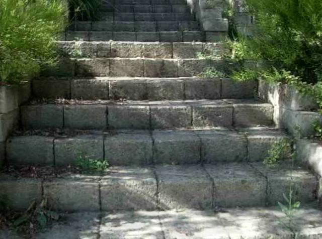 Escaleras y pisos exteriores on vimeo for Escaleras exteriores