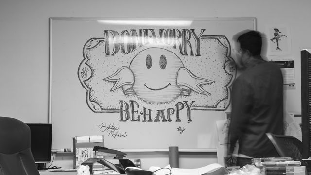 Don 39 t worry be happy whiteboard drawing on vimeo for Stuff to draw on a whiteboard