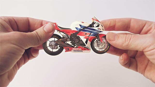 Honda – «Hands»