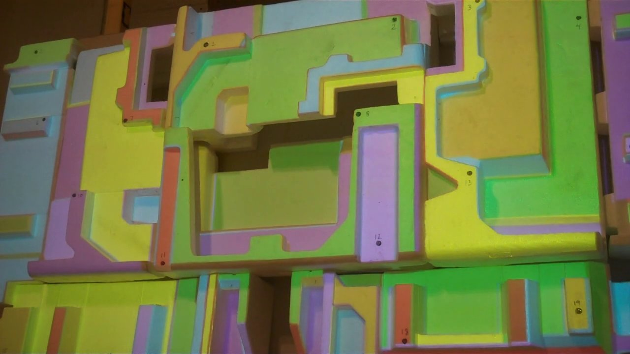 TightLight: Automatic 3D Projection Mapping Method