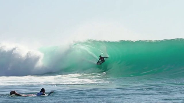 Mega Semadhi Claims the Rip Curl Cup at Padang-Padang