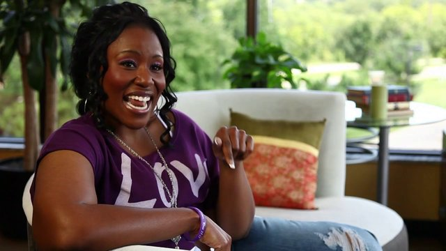 Mandisa Talks About 'Overcomer'