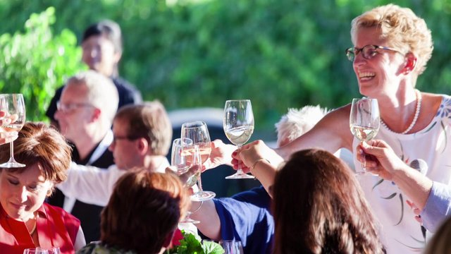 Premier Kathleen Wynne - Our Wine Country (French)