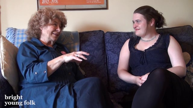 Shirley Collins talks to Jackie Oates about Dolly Collins