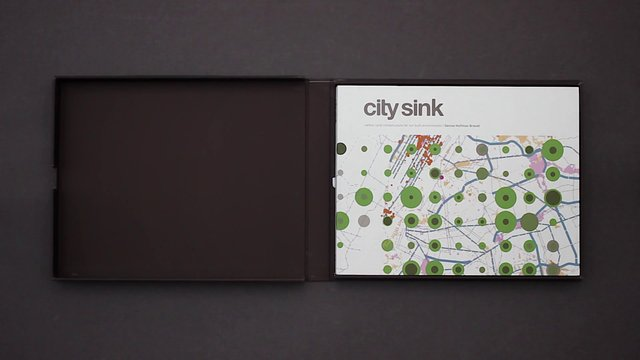 City Sink / Oscar Riera Ojeda Publishers